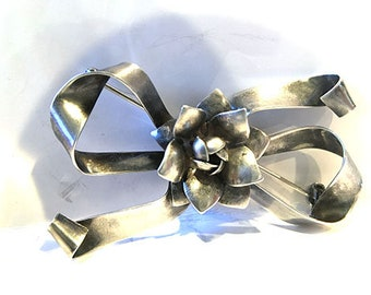 Vintage 1950s Raffaele .925-Sterling-Silver Large Rose and Bow-Pin Brooch