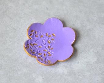 Ring holder - Wedding gift - Bridal shower gift - Birthday Gift for women - Jewelry dish -  Purple polymer clay ring dish - Trinket dish