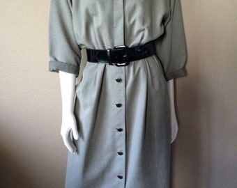 Vintage Women's 80's Dress, Grey, Long Sleeve, Knee Length by Willi (L)