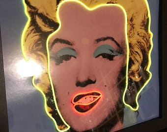 Marylin Monroe fake neon framed picture