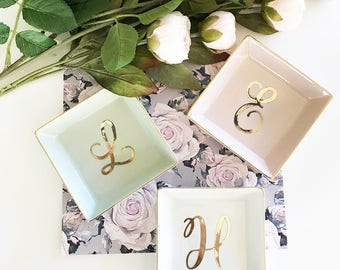 Personalized Ring Dish Personalized Bridesmaid Gifts Bridesmaid Jewelry Box Personalized Jewelry Dish Monogram Ring Dish  (EB3180SM)