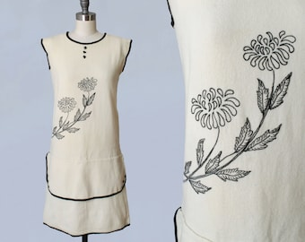 1920s Dress / 20s Embroidered Cream Wool Dress / Black Glass Buttons Contrast Trim / XS