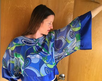 Vintage Silk Butterfly Blouse, Angel Sleeve, lew magram Collection, Blue Paisley, Silk , Crop Top, Size M