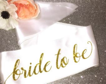 Bride to be sash / sash / bride sash / bachelorette sash / bridal sash / bridal shower / bachelorette