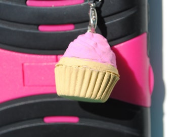 Vanilla Cupcake w/Pink Frosting Clay Cell Phone Charm