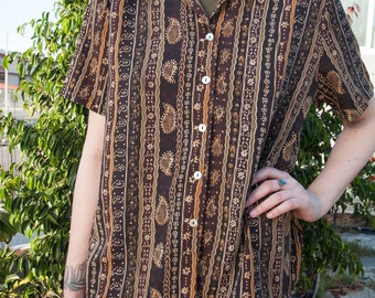 Vintage Brown Paisley Button Up Short Sleeve Shirt, Size M