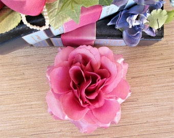 Mauve Pink Rose Hair Clip, Rose Hair Clip, Pinup Hair Flower, Rockabilly Accessories, Mauve Pink Satin Finish Flat Fit Rose