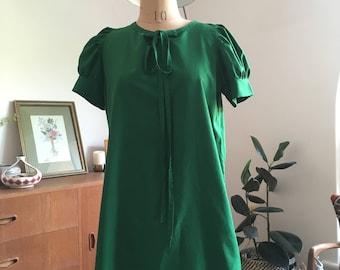 Emerald Green Vintage Mini Shift Dress S/M
