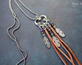 Bohemian feather necklace Boho jewelry Leather necklace Hippie jewelry Boho pendant necklace Boho chic Gypsy jewelry Festival jewelry