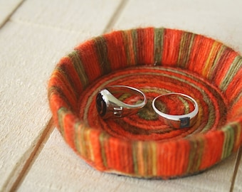 Felted Ringbowl in orange wool yarn