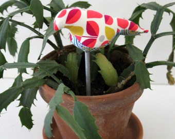 Houseplant birds, Custom magnetic birds on plant stakes