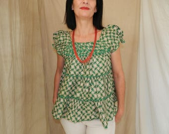 Top / tunic cotton beige and green ruffles, T38 and T40