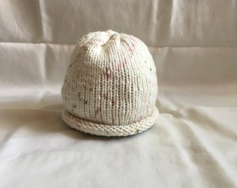 Hand Knit Baby Hat. 0-6 months.