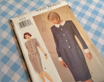 Vintage Vogue Pattern 8942, dress pattern , uncut pattern,  size 12/14/16 pattern