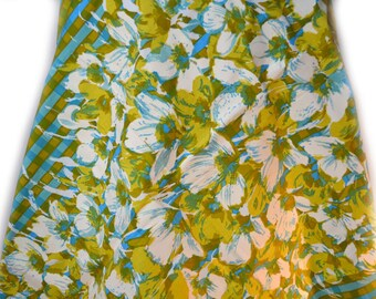 S M Hexter Hand Print Fabric Vintage Fabric Spring Flowers