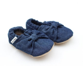 Denim Baby Girl Shoes, Girl bow Shoes, baby gift ideas, unique baby girl gift, girlie booties, denim shoes, denim shoes, bow, toddler shoes