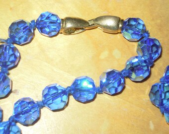 DECO Heavy BLUE Irridescent Crystal Faceted Beaded Necklace  Knotted