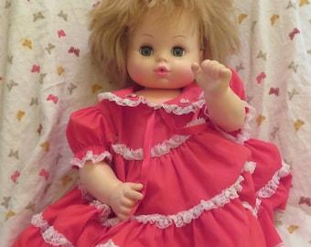 ADORABLE 1979 VINTAGE 18in  Horsman Doll:
