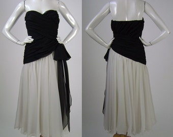 """Vintage 80s Black & White Strapless Evening Gown, Two Tone Chiffon Prom Dress, Frank Usher, Bust 34"""", Waist 24"""", 1980s Womens Fashion"""