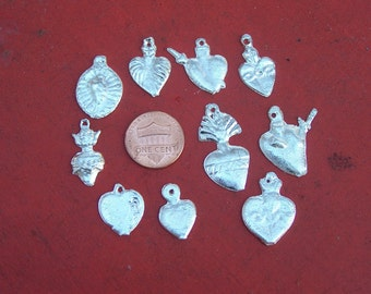 Lot of 50 ALL HEARTS Milagros
