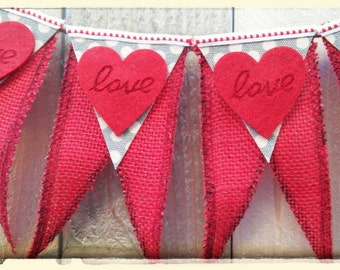 SwEeT LiTtLe LoVe BaNnEr --FREE SHIPPING!