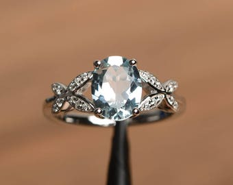 natural aquamarine ring anniversary ring March birthstone oval cut blue gemstone sterling silver prong setting