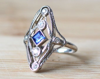 1930s White Gold Filigree Ring with Sapphire and Diamonds - 1930s Engagement Ring - Sapphire Engagement Ring - Art Deco Engagement Ring