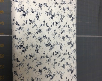no. 987 navy/cream mdg floral vine Fabric by the yard