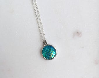 Mermaid Necklace, Mermaid Scales Necklace, Irridescent Necklace, Mermaid Jewellery