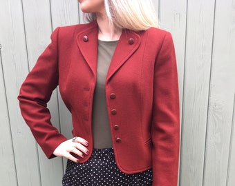 Stunning Vintage Cropped Fitted Jacket