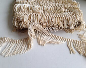 Vintage fringe trim, Off white tassel lace,tassel fringe,by the yard, lace fringe,boho lace, tassel lace,1.5 inch,ships free with other item