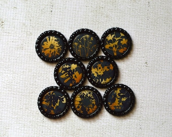 Flower Magnets- Black and Gold Floral Bottlecap Magnets- Housewarming Gift, Gift for Her, Friend, Mom, Co-Worker, Strong Bottlecap Magnets