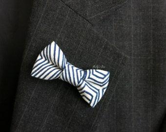 Mens Bow Tie Lapel Pin - Wedding Boutonniere - Buttonhole - Mini Bowtie Pin - Navy White