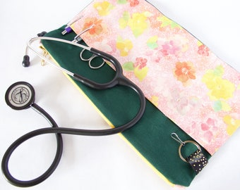 Physician Assistant. Medical Assistant. Nurse Gift.Vet Tech Bag. FLORAL Stethoscope Pouch. Physician Assistant. PA Gift.RN Nurse Organizer
