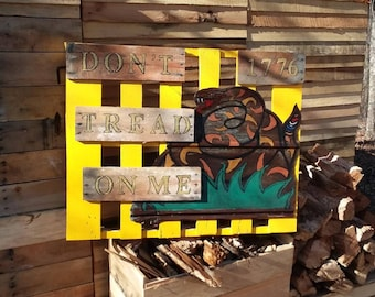 Don't Tread On Me Pallet Art