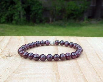 Garnet Beaded Bracelet for Women, Ladies Gift For Her, Special Gemstone Accessories, Beautiful Red Birthstone Jewelry For Girlfriend or Wife