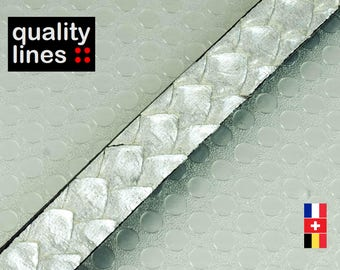 X 18 CM - leather flat 10mm 2.50 grey iridescent patterns scales snake embossed (is enough to make a bracelet up to l to XL size)