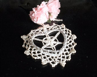 Ivory lace Crochet heart, Table Decoration, Heart Hanging, Lace Heart, Centre Piece, Home Decor, Vintage Linen, Wedding Decoration