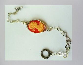 Cameo Bracelet with Infinity SS Handmade Links