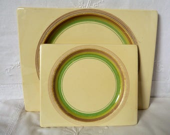"1930s Art Deco Clarice Cliff  Bizarre 'The Biarritz' Banded Pattern 10"" Lunch Dessert and 7"" Side Plates"