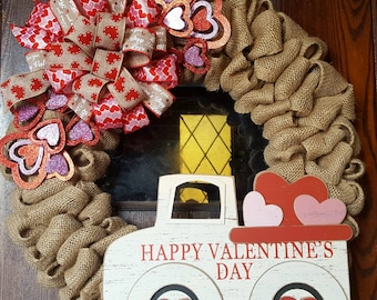 Valentine's Day, Valentine's Wreath, Valentine's Day Wreath, Truck, Truck Wreath, Valentines, Valentines Decorations, Valentines Decor