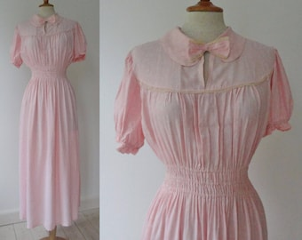 Adorable 30s Soft Pink Vintage Maxi Dress With White Flowers Lace And Bow