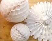 Pack de décoration fête de vacances... Papier éventail en nid d'abeille / / blanc décoration de mariage / / baby shower de mariage / baptême Noël / / 1er anniversaire party