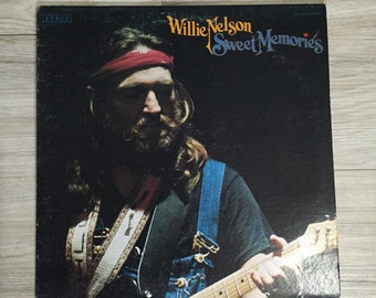 Willie Nelson Sweet Memories / Vintage Vinyl Record Album LP, Country Western Collectible Audio