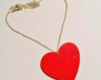 Red Queen Of Hearts Wonderland Necklace