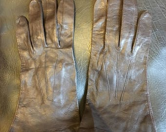 Silk lined leather gloves by St Michael points