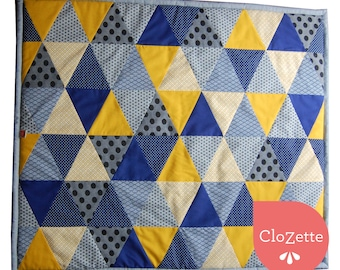 Comfy Baby play mat, blue triangles