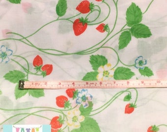 Twin Vintage Fitted Sheet with Strawberries