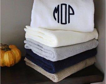 Best seller Monogrammed Towel Set Bath Towel personalized towel set great for wedding gift housewarming christmas gift home decor