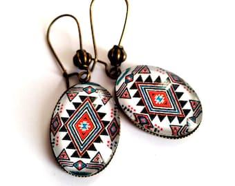 Earrings geometric Apache, oval, green, red and white, Native American jewelry